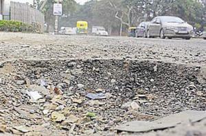 Palam Vihar RWA wrote to MCG to repair roads to make commuting easy.