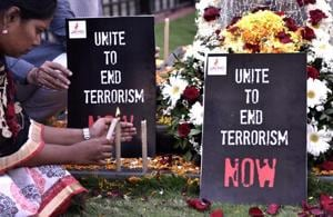 People from different community pay tribute CRPF jawans who died yesterday in terrorist attack in Pulwama at Amar Jawan Memorial, Azad Maidian in Mumbai, India, on Friday, February 15, 2019.