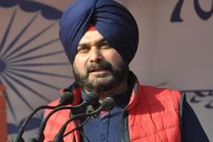 Sidhu dropped from Kapil Sharma Show after Pulwama comments: Report