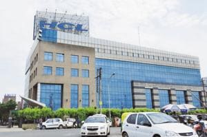 HCL 5th among top 10 tech firms that received H1-B certifications in US