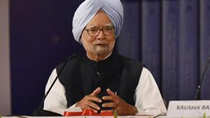"""Punjab chief minister Amarinder Singh said Tuesday that former prime minister Manmohan Singh was """"never in the reckoning"""", rejecting reports that the Congress may field him from Amritsar in the Lok Sabha polls. (Photo by Vipin Kumar/ Hindustan Times)"""