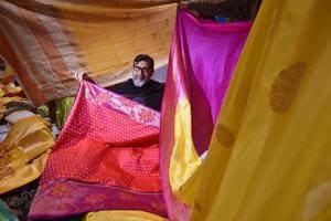 A saree for Rs 10! Sale causes stampede-like situation at Hyderabad mall