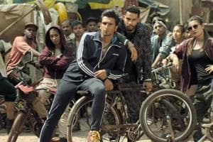 Gully Boy box office day 5: Ranveer Singh film manages to stay strong on a Monday.