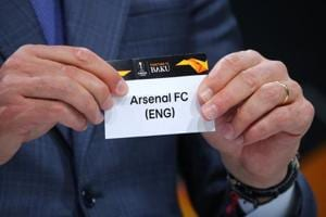 Andres Palop draws Arsenal in the Europa League draw.