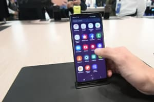 Watch the demo of Samsung's latest flagship S10 series