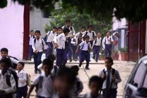 The Delhi government may soon grant more autonomy to school management committees (SMCs) in state-run schools, provided that students' parents make up 75% of its membership.(Photo by Arun Sharma/ Hindustan Times)