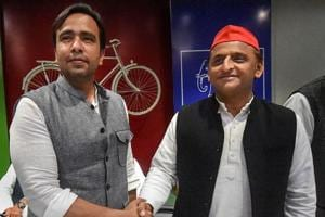 Samajwadi Party (SP) President Akhilesh Yadav and RLD Vice President Jayant Chaudhary during a joint press conference, at the SP office, in Lucknow, Tuesday.