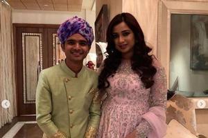 Akash Ambani and Shloka Mehta pre-wedding celebrations had Shreya Ghoshal performing.