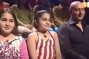 Many on social media noticed how graceful Sara AliKhan was even as a child.