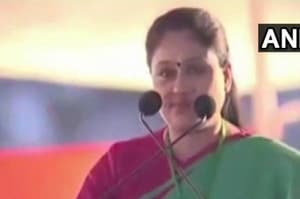 "Congress leader Vijayashanti Saturday hit out at Prime Minister Narendra Modi, alleging he was ruling like a dictator, making people fear ""what bomb he will explode when""."