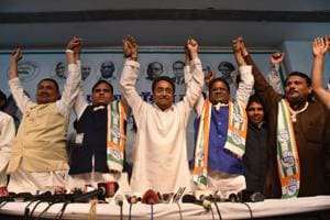 Madhya Pradesh chief minister Kamal Nath (in the middle) with Bahujan Samaj Party leaders who joined Congress party at PCC office in Bhopal on Sunday (Photo by Mujeeb Faruqui/Hindustan Times)