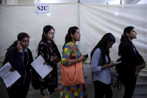 Photos: India's engineers struggle for work as jobs crisis worsens