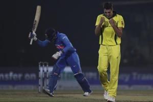 Australia beat India by 35 runs, clinch series 3-2