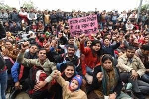 Hundreds of guest teachers have been protesting since March 1 demanding regularisation of jobs, after their contracts expired on February 28. The Delhi Cabinet had passed a policy to allow them to work till the age of 60.