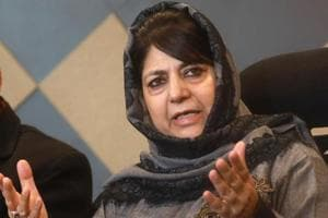 PDP chief  Mehbooba Mufti has started consultations with senior party leaders to finalise candidates for the 2019 Lok Sabha Elections.