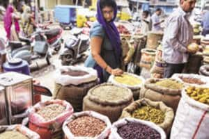 Wholesale food prices in February rose 3.29 percent year-on-year, compared with a 1.84 percent rise a month earlier, the data showed.