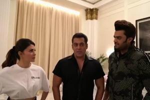 Salman Khan, Sonakshi Sinha, share video after Dubai event of Da-Bangg tour...