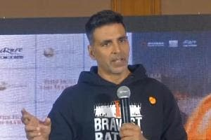 Akshay Kumar urges youth to watch Kesari, says film is about courage, s...