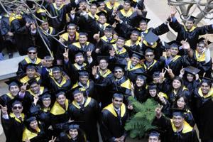 Out of all the graduating students, 65% were from engineering background.