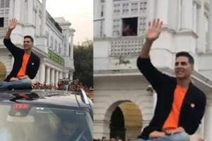 Akshay Kumar mobbed by fans in Delhi while promoting upcoming film 'Kes...