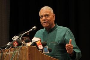 Former Union Yashwant Sinha on Tuesday asked the opposition leaders to stop speaking against one another in public ahead of the Lok Sabha election.