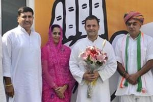 Manvendra singh(right) with AICC president Rahul Gandhi and state Congress leader Harish Choudhary (LEFT)after joining Congress party , in October 2018.