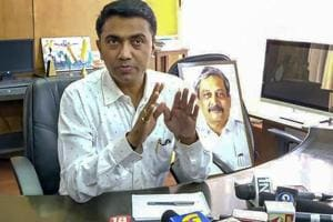 Panaji: Newly sworn-in Goa Chief Minister Pramod Sawant takes charge at his office, in Panaji, Tuesday, March 19, 2019. (PTI Photo) (PTI3_19_2019_000051B)