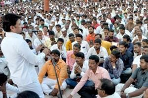 Ranjitsinh Mohite-Patil addresses supporters at a meeting at his home in Akluj on Tuesday, where he informed them of his decision to join the BJP.