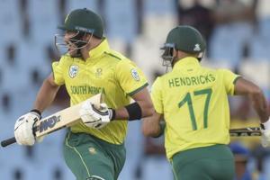 South Africa vs Sri Lanka, 3rd T20I in Johannesburg:Live cricket score and updates