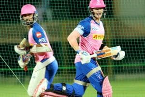 Ajinkya Rahane (L) and Steve Smith (R) during practice.
