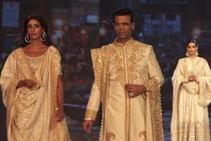 Shweta Bachchan walks the ramp with Sonam Kapoor & Karan Johar