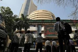 Sensex surges 400 points powered by banking, energy stocks