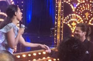 When Shah Rukh went down on one knee for Radhika Apte