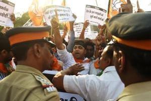 Delhi government's principal secretary AK Mendiratta sent to parent cadre