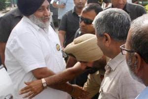 Bathinda DSP touches Sukhbir Badal's feet at SAD event, gets show-cause notice