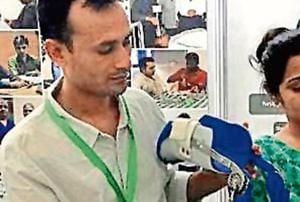 Hybrid plaster splint, biopsy gun among 20 new products