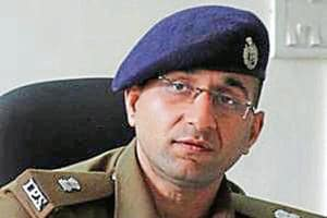 Dhurv Dahiya, the IPS officer who landed in trouble with Jalandhar cash seizure controversy