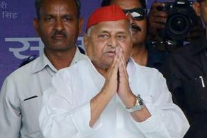 Mulayam turns emotional: 'This is my last election, ensure my win'