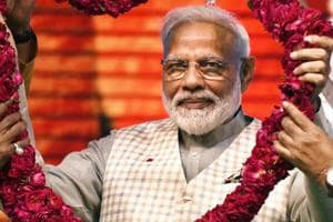 PM Modi makes poll pitch to woo traders