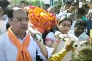 Smriti Irani in Amethi after BJP worker who campaigned for her shot dead