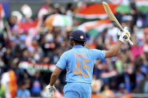 India vs Pakistan:Rohit Sharma shatters MSDhoni's massive record