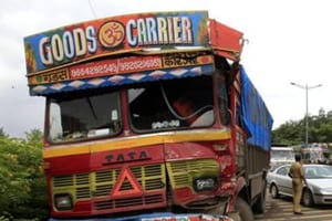 Truck driver held for trying to run over sub-inspector in Gurugram