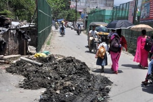 Silt dumping turns costly for east Delhi Municipal Corporation