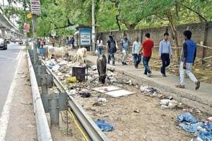 Encroachments, debris and garbage take over cycling track on Delhi's MGRoad