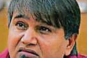 Ex-AAP legislators get a week to reply