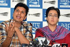 AAP raises law and order issue; blames Centre, cops