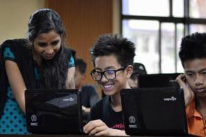 8 English language labs set up in Gurugram