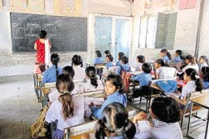 Disciplinary action against Rajasthan govt school teachers using mobile phones in classes