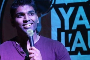 Indian-origin stand up comedian dies on stage, crowd thinks it's part of act