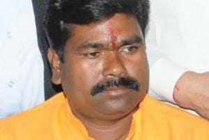 6 held for pelting stones at BJP lawmaker's car in Ranchi